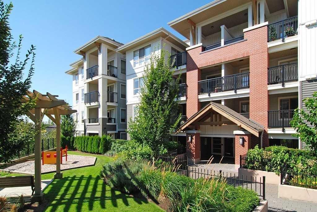 R2131548 - D309 8929 202 STREET, Walnut Grove, Langley, BC - Apartment Unit