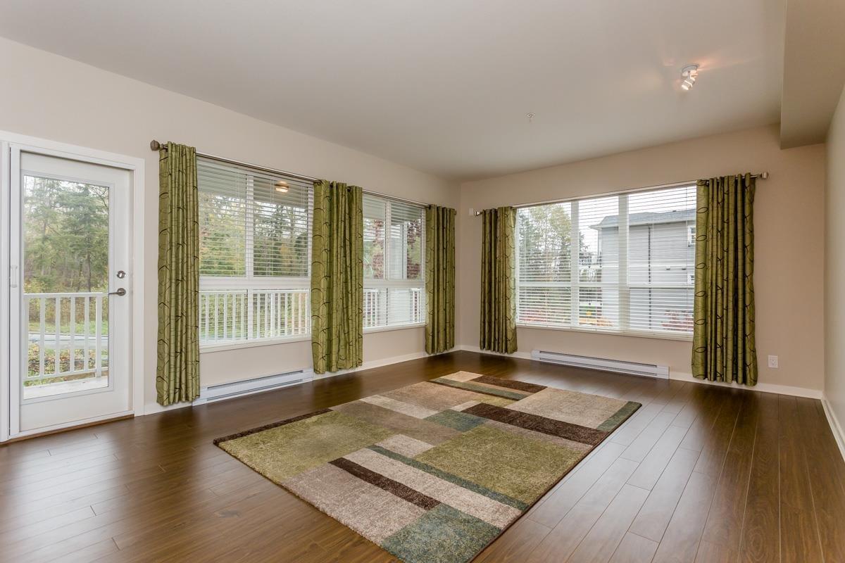 R2132269 - 305 6460 194 STREET, Clayton, Surrey, BC - Apartment Unit