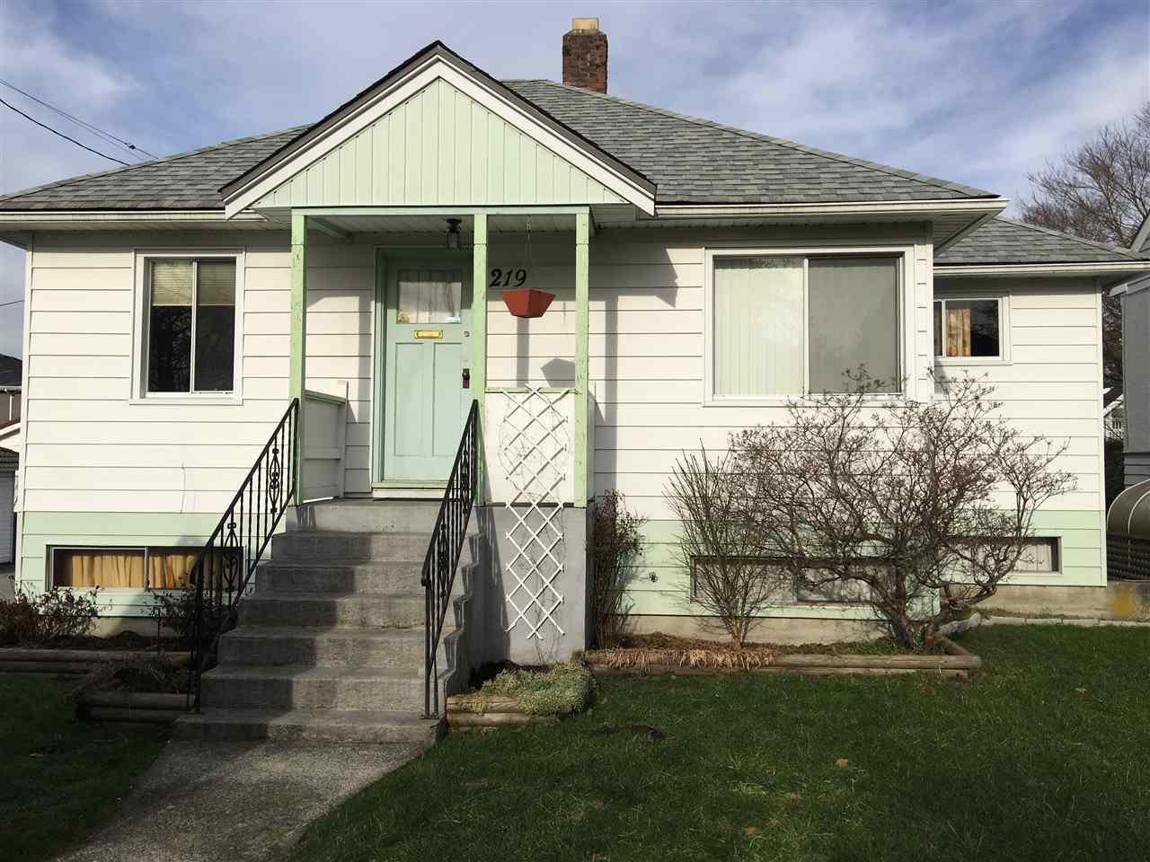 R2134207 - 219 E 40TH AVENUE, Main, Vancouver, BC - House/Single Family