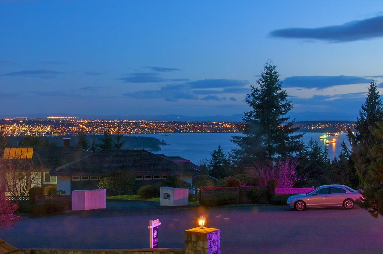 R2134938 - 1101 GROVELAND ROAD, British Properties, West Vancouver, BC - House/Single Family
