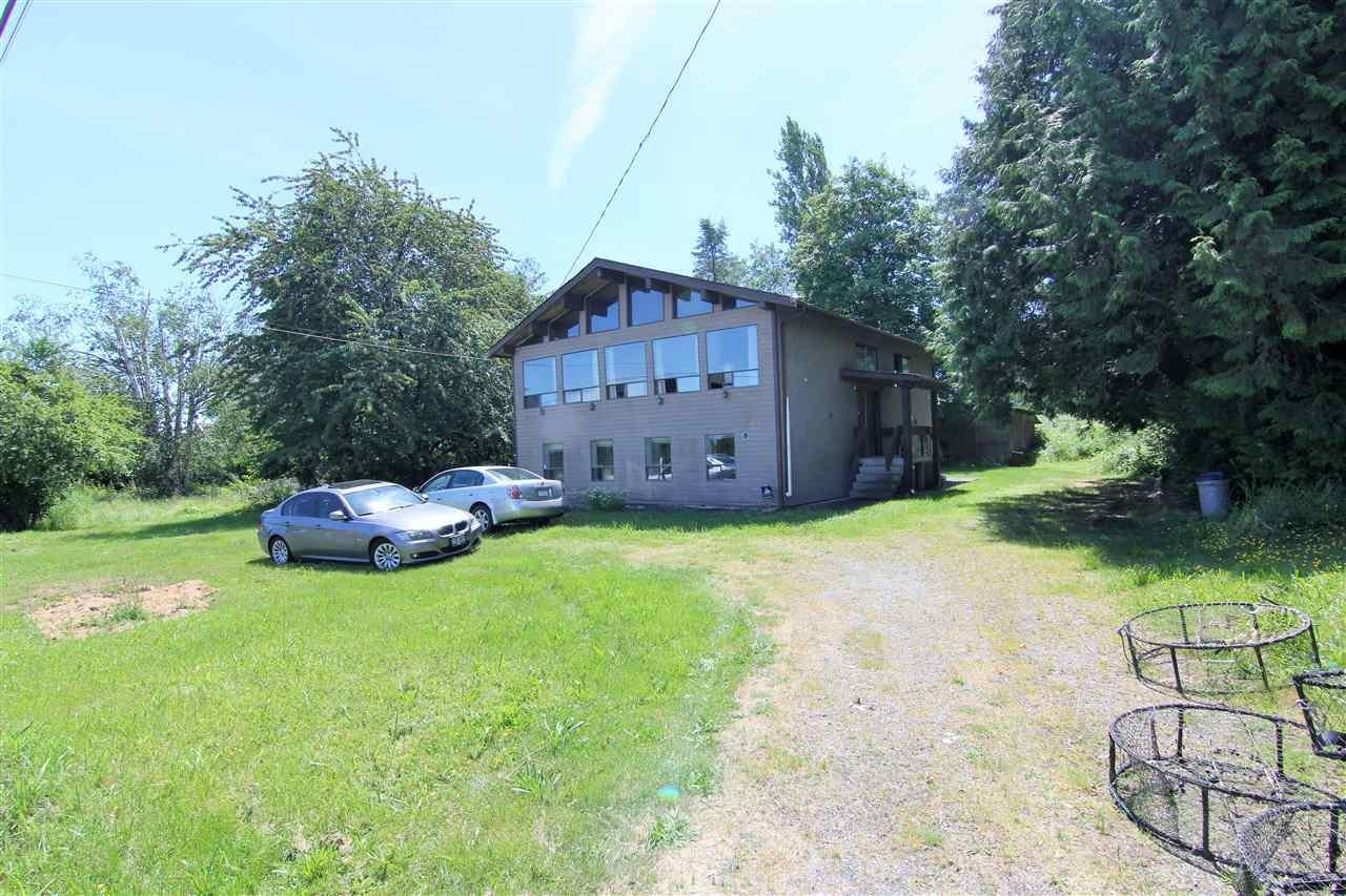 R2135940 - 15016 40 AVENUE, Serpentine, Surrey, BC - House with Acreage