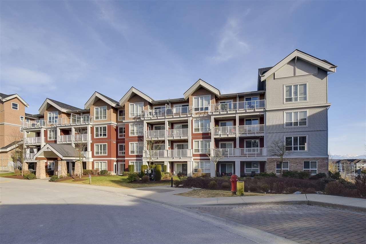 R2136227 - 210 6450 194 STREET, Clayton, Surrey, BC - Apartment Unit