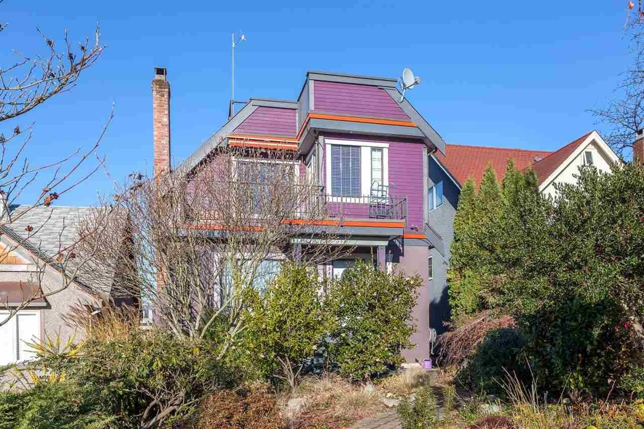 R2136874 - 3585 CAMBRIDGE STREET, Hastings East, Vancouver, BC - House/Single Family
