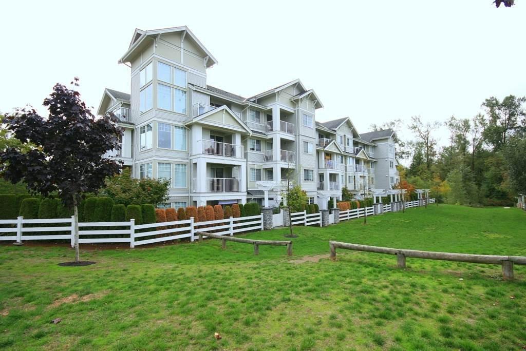 R2138437 - 107 19320 65 AVENUE, Clayton, Surrey, BC - Apartment Unit