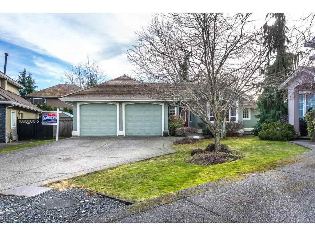 R2138551 - 5871 168A STREET, Cloverdale BC, Surrey, BC - House/Single Family