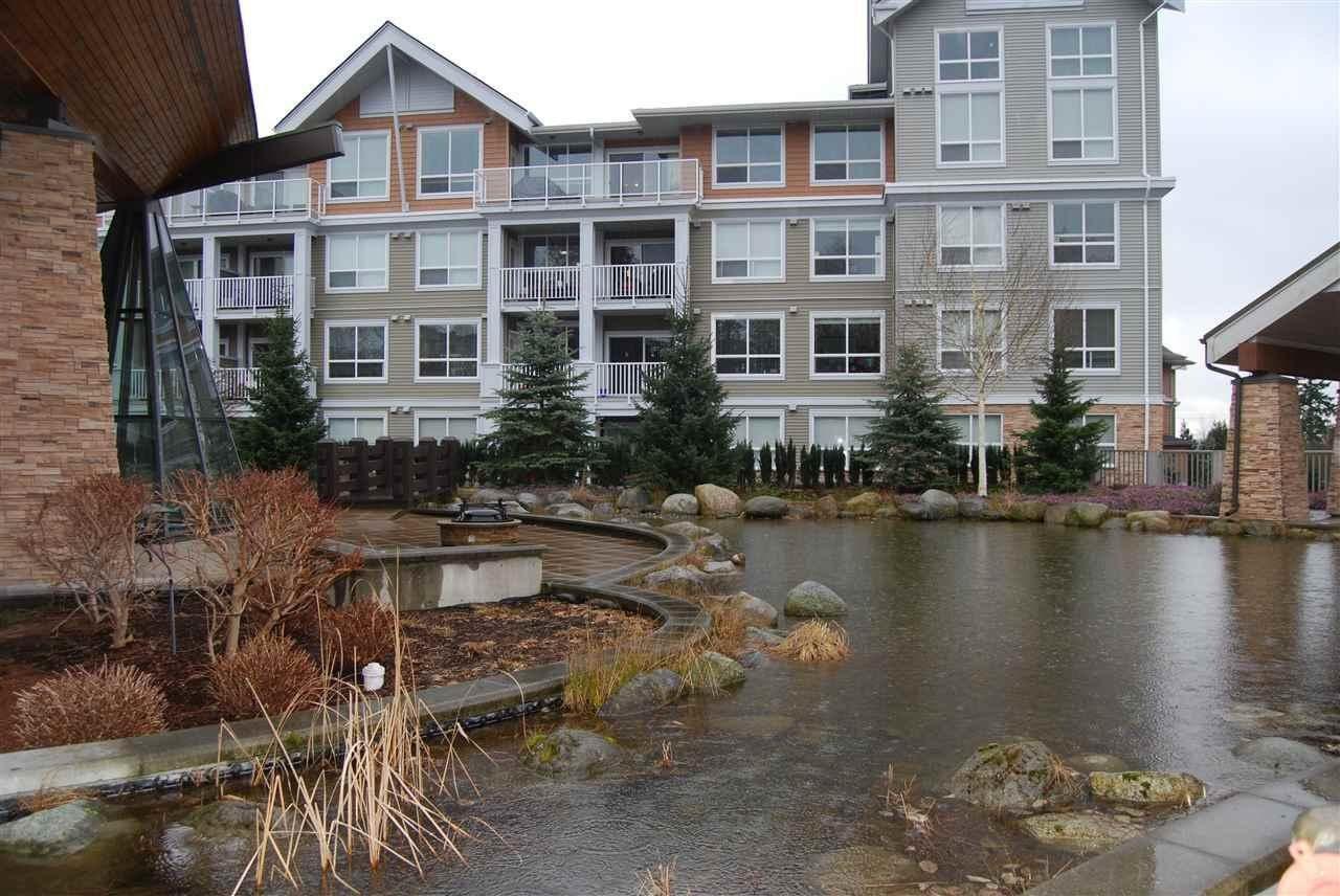 R2140130 - 106 6450 194 STREET, Clayton, Surrey, BC - Apartment Unit