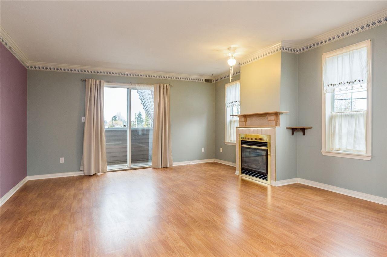R2143691 - 207 5830 176A STREET, Cloverdale BC, Surrey, BC - Apartment Unit
