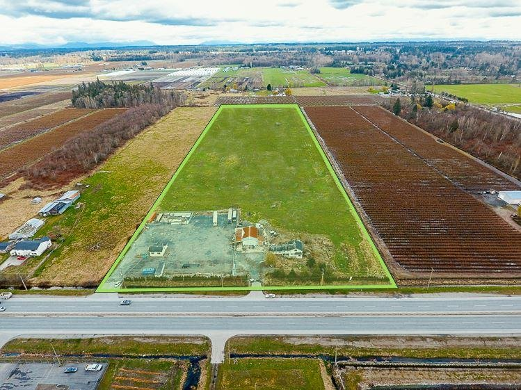 R2147507 - 3386 176 STREET, Serpentine, Surrey, BC - House with Acreage