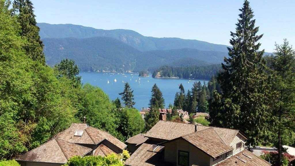 R2148186 - 2095 CLIFFWOOD ROAD, Deep Cove, North Vancouver, BC - House/Single Family