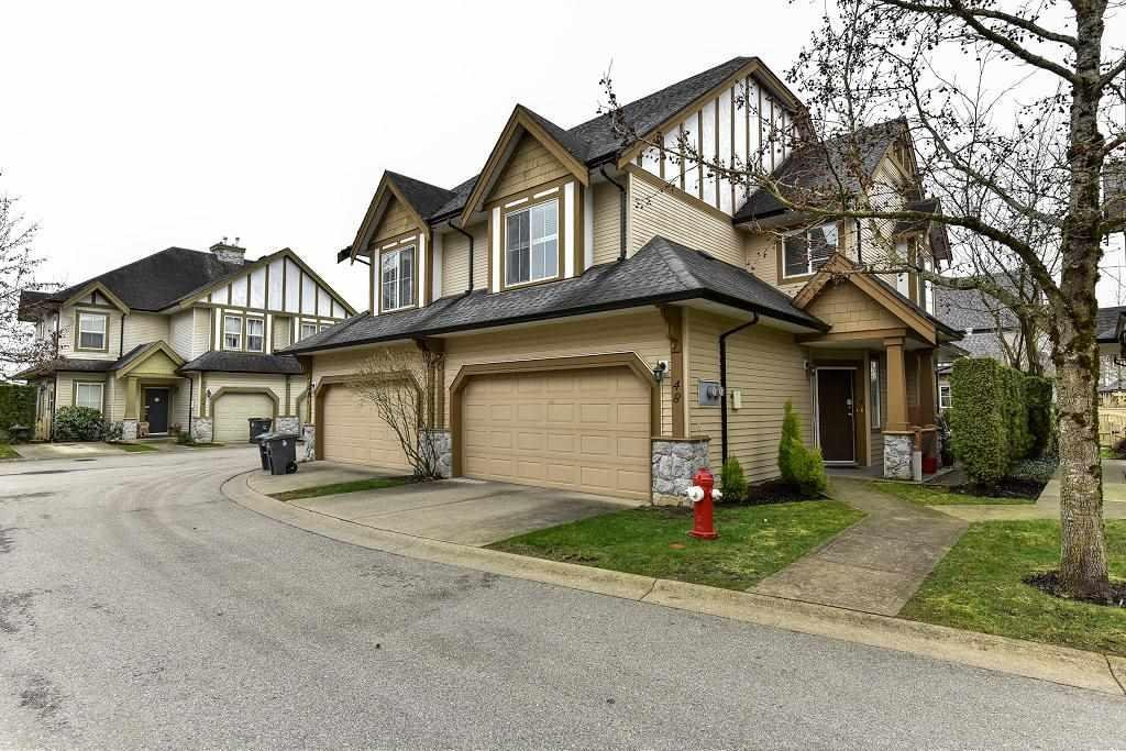 R2148312 - 48 18707 65 AVENUE, Cloverdale BC, Surrey, BC - Townhouse