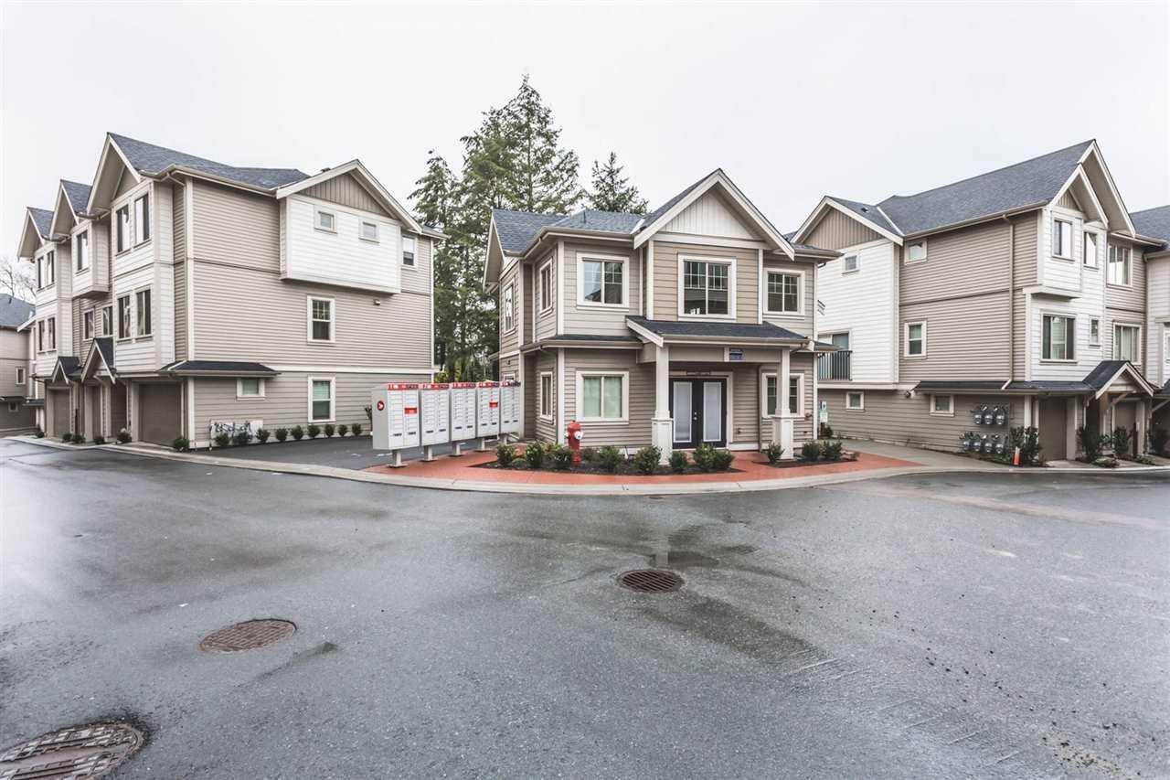R2148725 - 70 19097 64 AVENUE, Cloverdale BC, Surrey, BC - Townhouse