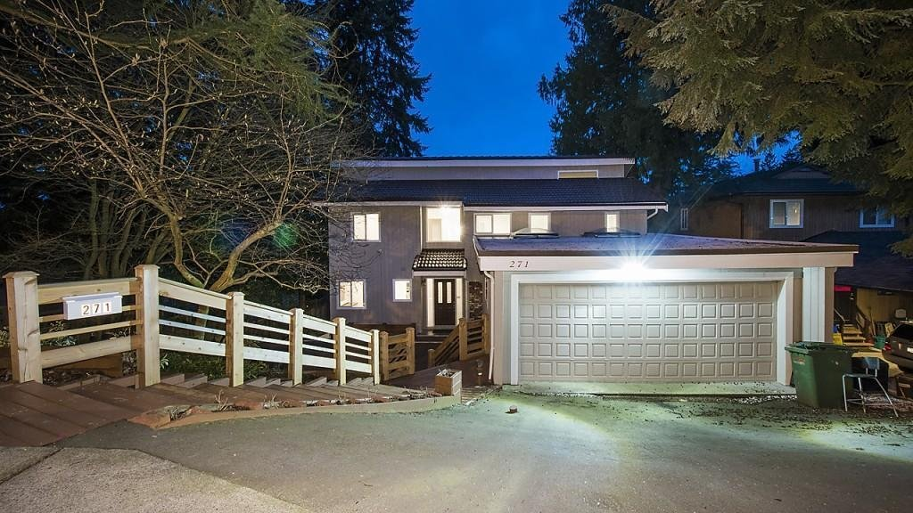 R2148756 - 271 MONTROYAL BOULEVARD, Upper Delbrook, North Vancouver, BC - House/Single Family