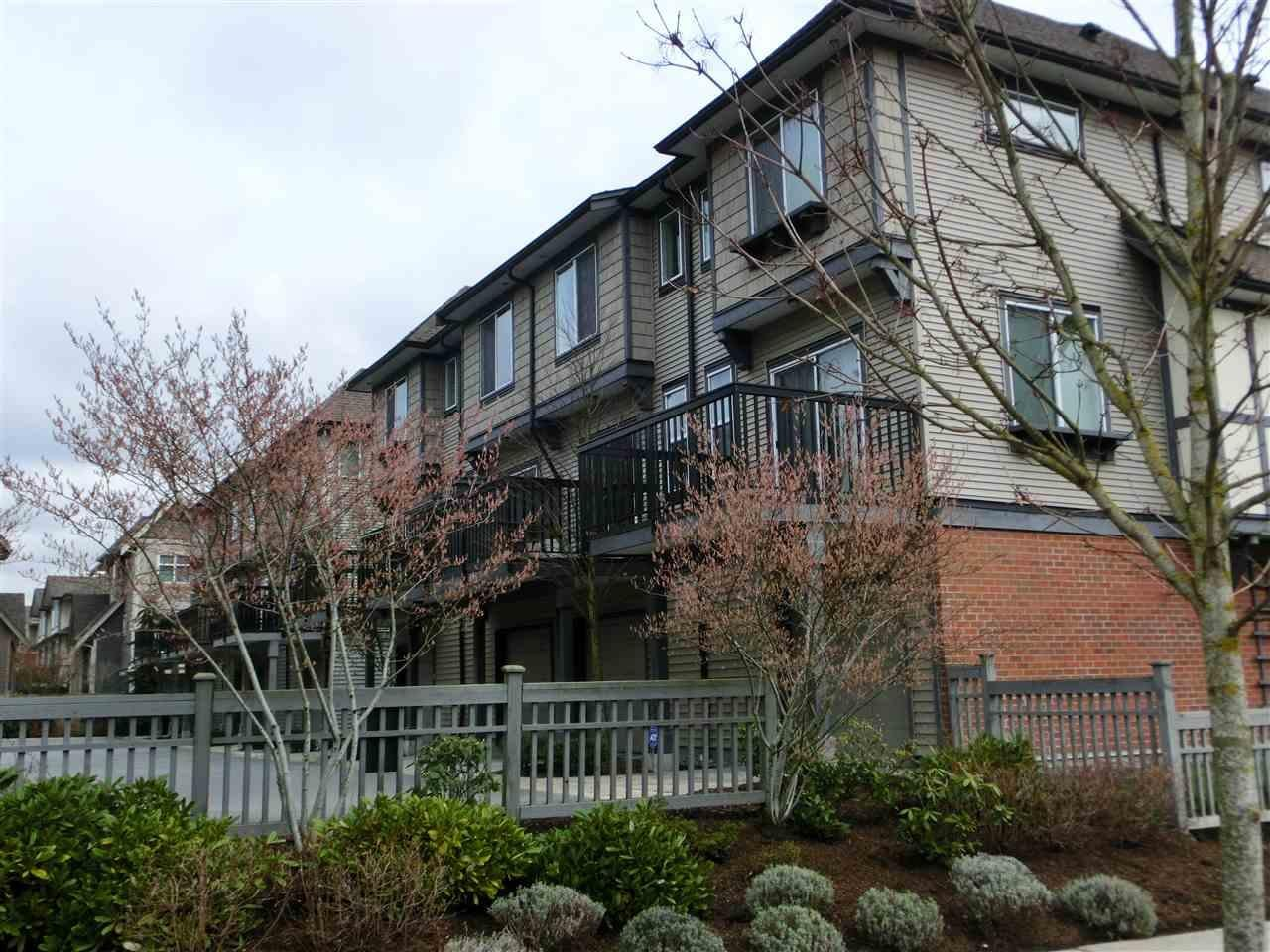 R2150659 - 8 9533 TOMICKI AVENUE, West Cambie, Richmond, BC - Townhouse