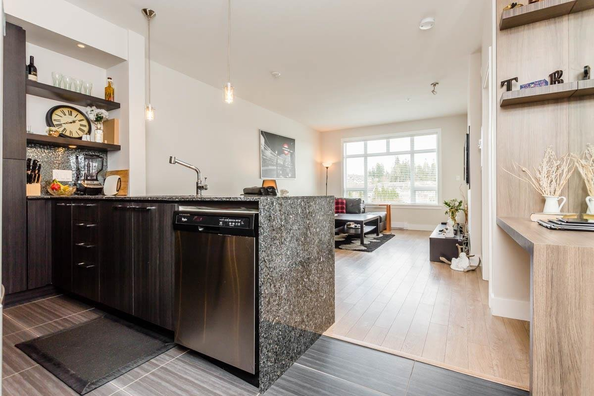 R2151291 - B312 20211 66TH AVENUE, Willoughby Heights, Langley, BC - Apartment Unit