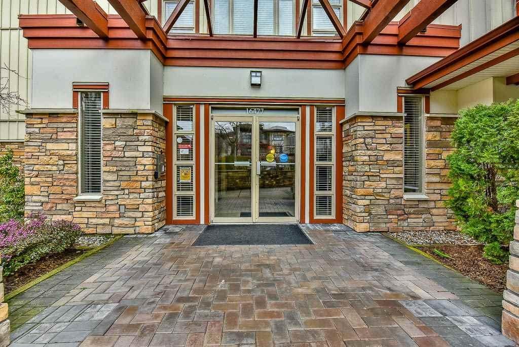 R2152901 - 207 16477 64 AVENUE, Cloverdale BC, Surrey, BC - Apartment Unit