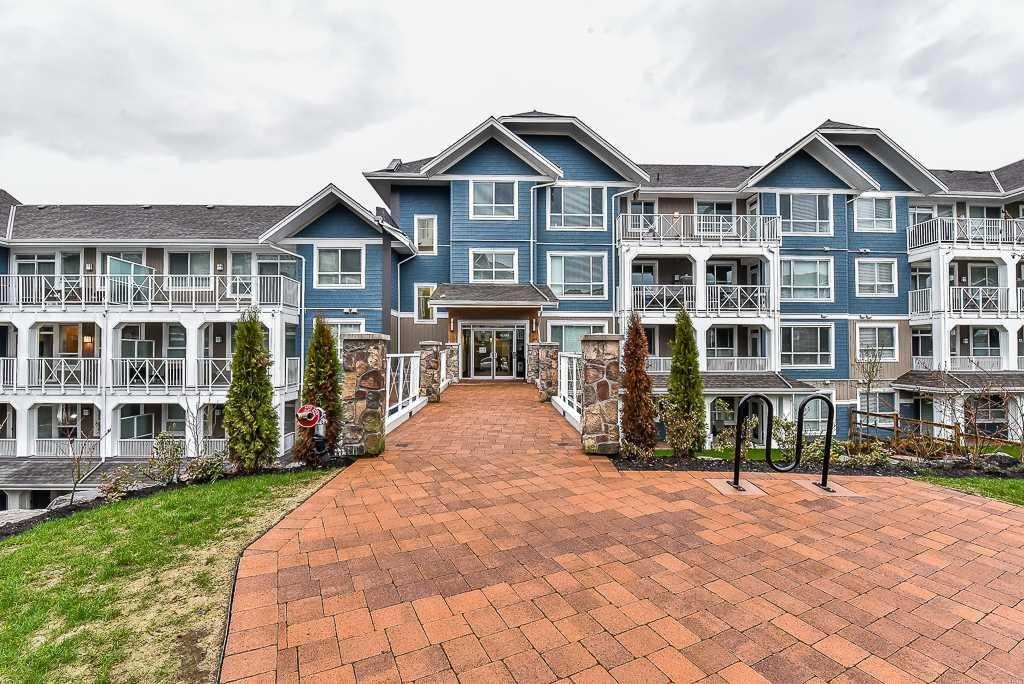 R2153623 - 302 16380 64 AVENUE, Cloverdale BC, Surrey, BC - Apartment Unit