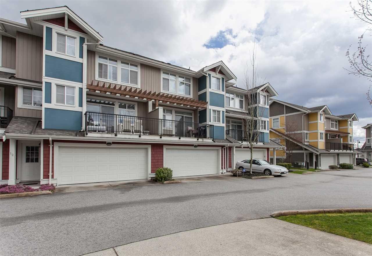 R2156011 - 12 6036 164 STREET, Cloverdale BC, Surrey, BC - Townhouse