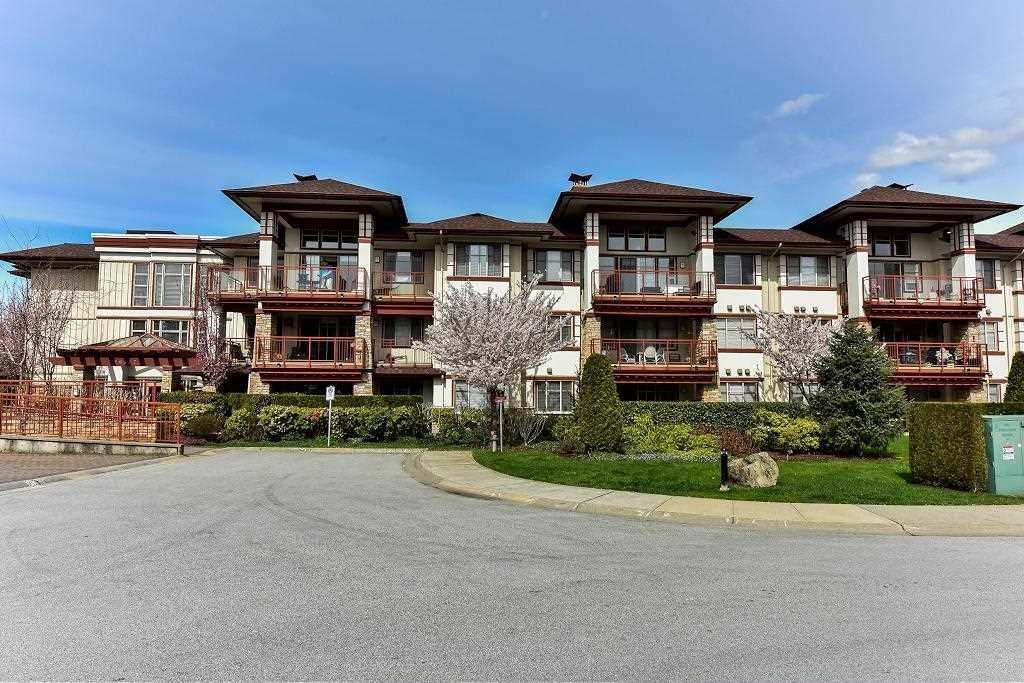R2156430 - 109 16477 64 AVENUE, Cloverdale BC, Surrey, BC - Apartment Unit