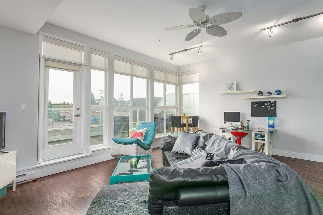 R2156941 - 210 20238 FRASER HIGHWAY, Langley City, Langley, BC - Apartment Unit