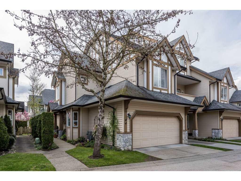 R2157336 - 44 18707 65 AVENUE, Cloverdale BC, Surrey, BC - Townhouse