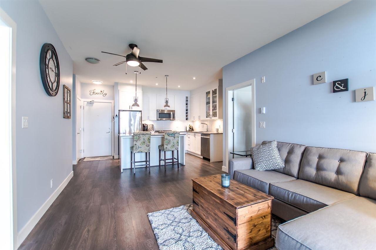 R2158311 - 102 16398 64 AVENUE, Cloverdale BC, Surrey, BC - Apartment Unit