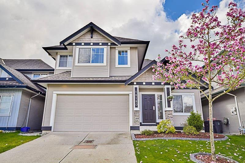 R2159272 - 18180 66A AVENUE, Cloverdale BC, Surrey, BC - House/Single Family