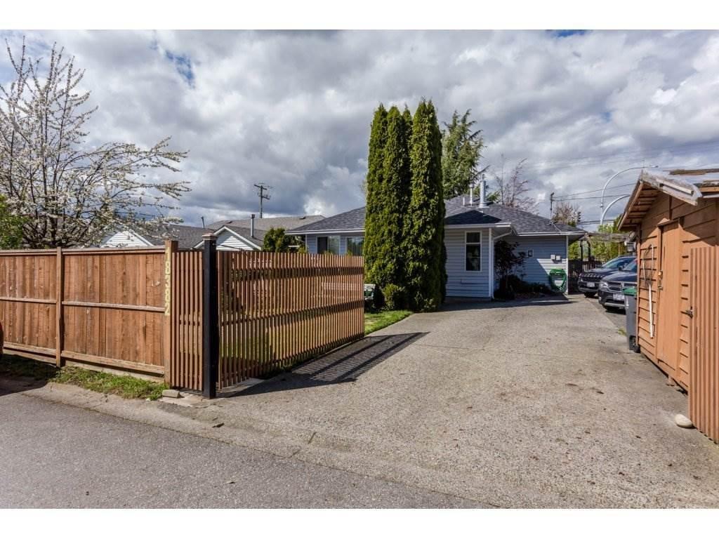 R2159350 - 18382 64 AVENUE, Cloverdale BC, Surrey, BC - House/Single Family