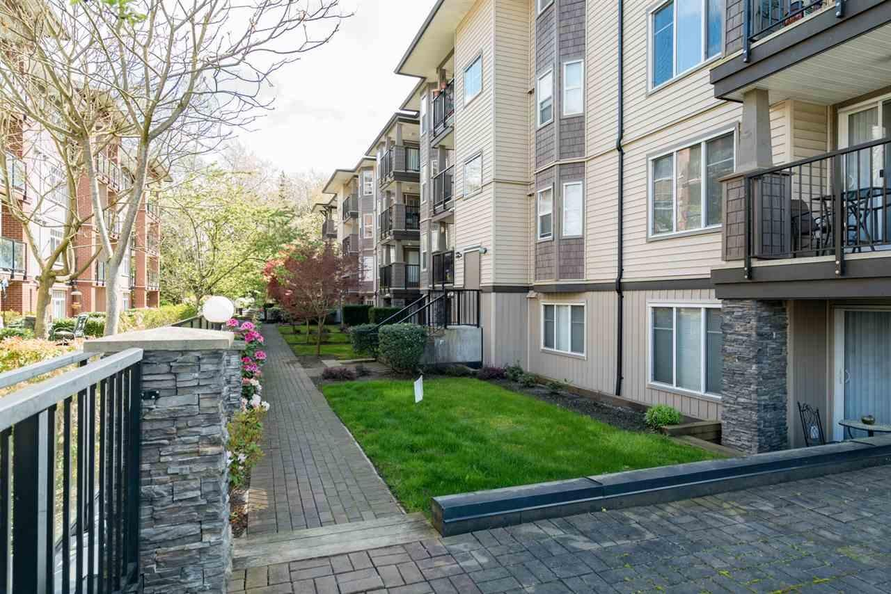 R2160083 - 302 5488 198TH STREET, Langley City, Langley, BC - Apartment Unit